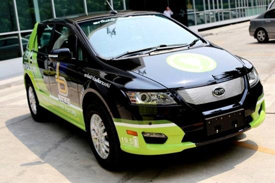 """พาชมโฉม """"ล็อกซเล่ย์ BYD รุ่น E6"""" รถยนต์นั่งไฟฟ้า100% ไร้มลพิษ"""